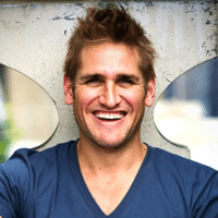 hire-famous-chef-curtis-stone