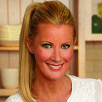 hire-a-famous-chef-sandra-lee