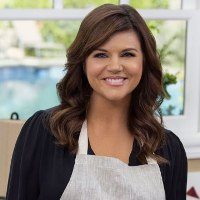 Celebrity Chef Appearance Tiffani Thiessen